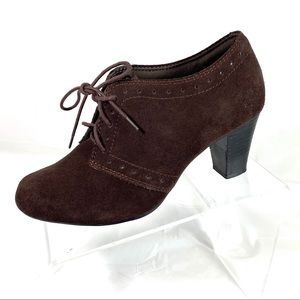 Clarks Bendables Ankle Boots Brown Suede Size 8.5W